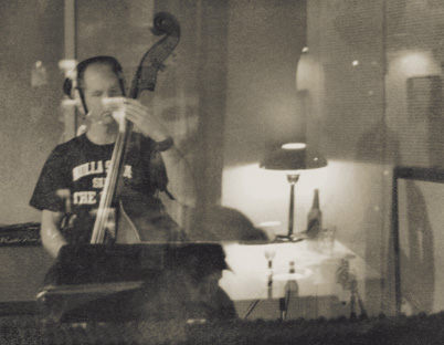 Oldrik Scholz and his double-bass
